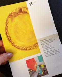 detail-flyer-in-hand